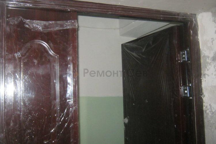 Комплексный ремонт двери в квартире