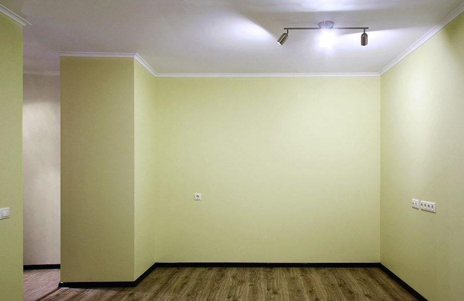Покраска стен в квартирах